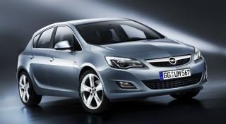Новый четырехдверный автомобиль Opel Astra